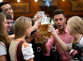 Enjoy the tour in friendly atmosphere of Berlin's pubs